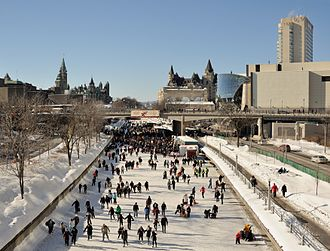 Architecture of Ottawa - The Rideau Canal during the winter. Although most of Ottawa's follow a grid plan, several streets in central Ottawa are disrupted by the Rideau River and Canal.