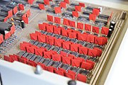 Robotron-1715-kol-Mainboard-03-redflags.jpg