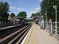 Roding Valley stn look west.JPG