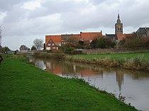 Roesbrugge - Roesbrugge and Yser.jpg