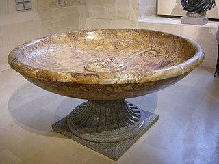 vasque à tête de dieu-fleuve