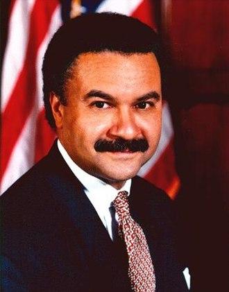 Ron Brown (U.S. politician) - Image: Ron Brown US