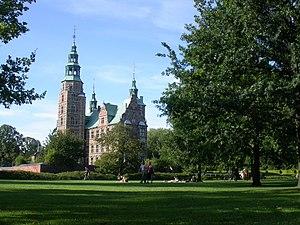 Rosenborg - park setting