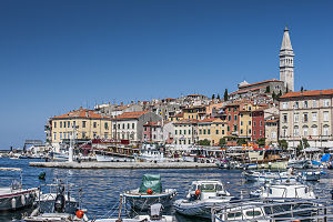Rovinj - Rovinj/Rovigno, seen from the harbor