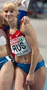 Russia 4 x 400 m Paris 2011 cropped.jpg