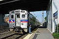 SEPTA train at Newark station, April 2003.jpg