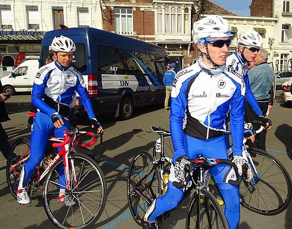 Saint-Amand-les-Eaux - Paris-Roubaix juniors, 12 avril 2015, départ (A32).JPG