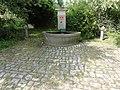 Saint-Martin (M-et-M) fontaine B.jpg