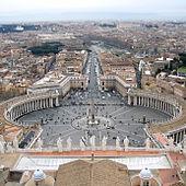 Piazza San Pietro a Roma vista dalla cupola