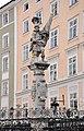Salzburg Florianibrunnen Skulptur.jpg