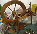 Saxony spinning wheel 029.jpg