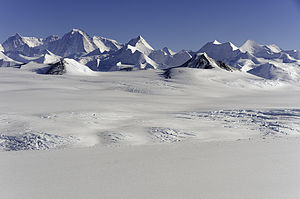 Sentinel Range, Ellsworth Mountains, Antarctica.jpg