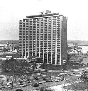 Catalinas Norte - The Sheraton Hotel was the first high rise in Catalinas Norte proper
