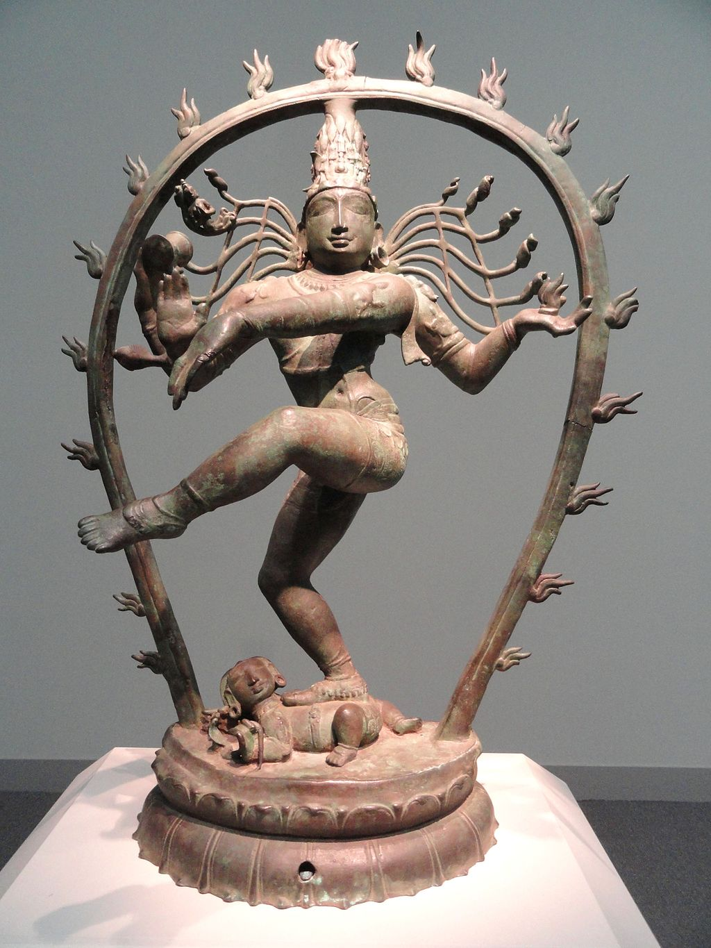 Shiva Nataraja (Lord of the Dance), Chola dynasty, c. 990 AD, Tamil Nadu, India, bronze - Freer Gallery of Art - DSC05147