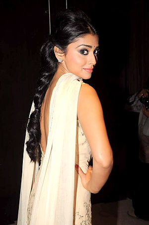 Shalwar kameez - Image: Shriya Saran at the launch of T P Aggarwal's trade magazine 'Blockbuster' 28