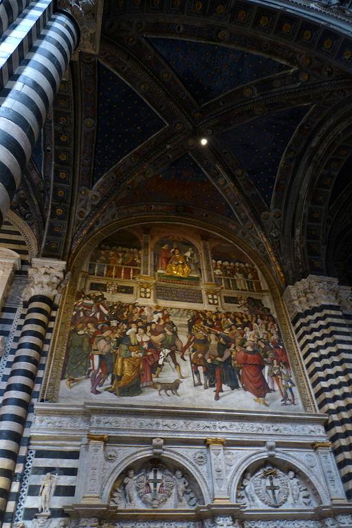 Portale Libreria Piccolomini con l'Incoronazione di Pio III di Pinturicchio
