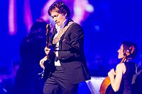 Simple Minds - 2016330220757 2016-11-25 Night of the Proms - Sven - 1D X - 0574 - DV3P2714 mod.jpg