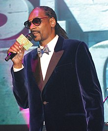 Snoop Dogg (15868442613).jpg