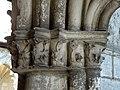 Soissons (02), abbaye Saint-Jean-des-Vignes, cloître gothique, galerie sud, chapiteaux 2.jpg