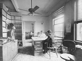 1907 in the United States - Southern Pine Lumber Company billing clerk's office, Texarkana, Arkansas, 1907.