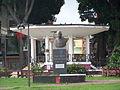 Statue Félix Éboué sur la place de la Victoire de Pointe-à-Pitre.JPG