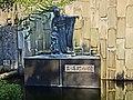 Statue of Tamaki Miura - panoramio (2).jpg
