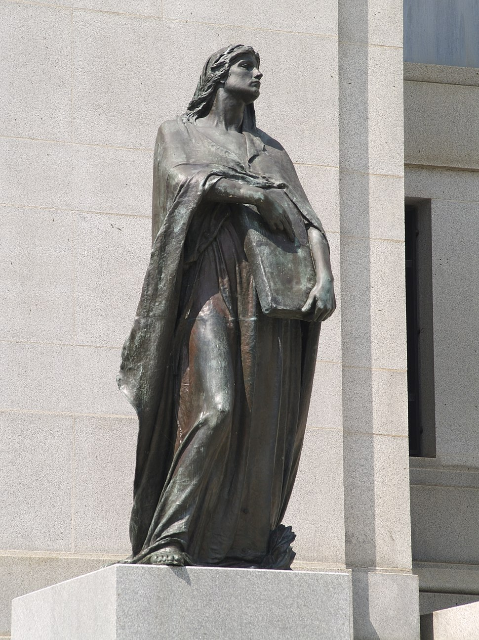 Statue of Truth