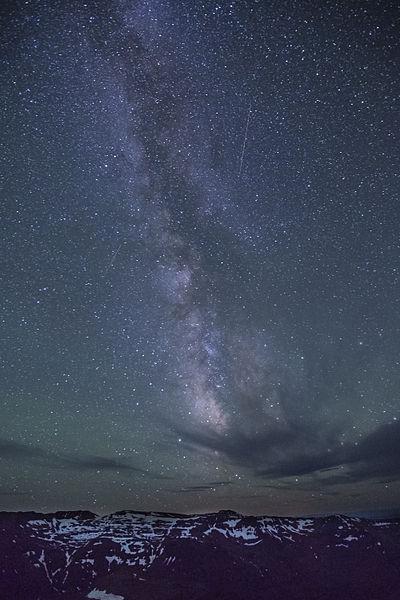 File:Steens Mountain at Night (9093324885).jpg