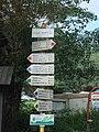 Svitačka - tábořiště, rozcestník - červená, modrá, zelená.jpg