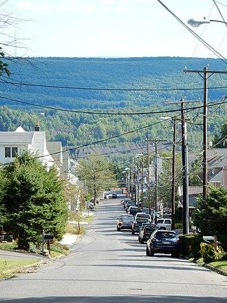 Shenandoah Heights, Pennsylvania - Image: Swatara Rd, Shenandoah Heights PA 01