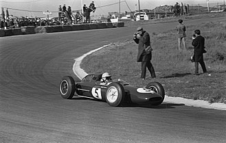 Lotus 24 - Trevor Taylor at the 1962 Dutch Grand Prix.