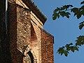 Tczew, Kardynala Stefana Wyszyńskiego, kostel Povýšení svatého kříže, detail zdí.JPG