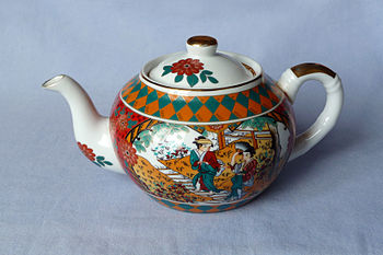 English: The Teapot, made in UK, ~2005 Русский...