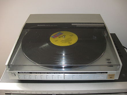 Technics SL-Q6 linear tracking turntable Technics SL-Q6.JPG