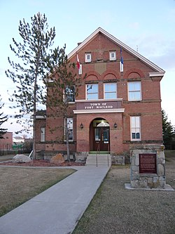 Territorial Court House Fort MacLeod.JPG