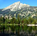 Teton Peak from Jenny Lake, Wyoming 9-11 (25260184113).jpg