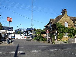 Teynham Station - geograph.org.uk - 272365.jpg