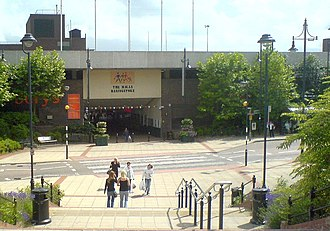 Basingstoke - View of The Malls from Basingstoke railway station before the 2011 refurbishment