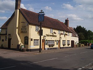 Cople - Image: The five bells geograph.org.uk 191401