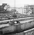 Timna in de Negevwoestijn het terrein van de kopermijnen met betonnen bakken vo, Bestanddeelnr 255-3669.jpg