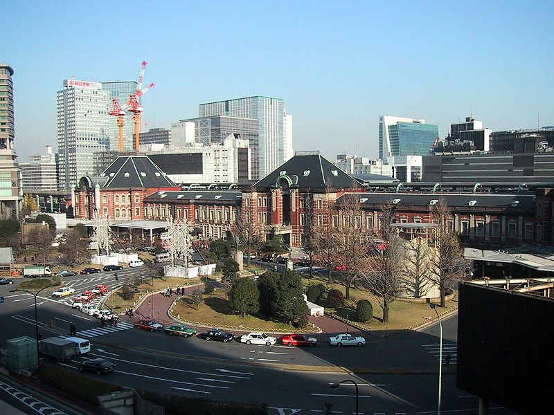 http://upload.wikimedia.org/wikipedia/commons/thumb/5/5b/Tokyo_Station_Marunouchi_side.jpg/800px-Tokyo_Station_Marunouchi_side.jpg