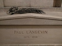 Tomb of Paul Langevin in Panthéon.jpg