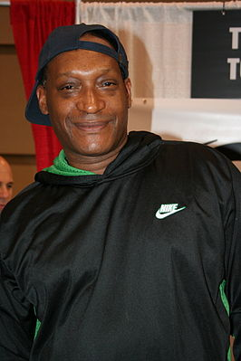 Tony Todd at SFX in Canada.jpg