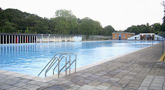 Tooting Bec Lido - Tooting Bec Lido, from north (shallow) end, with the original entrance at the far end