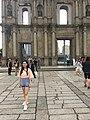 Tourist like take photo with Ruínas da Antiga Catedral de São Paulo 24-05-2019.jpg