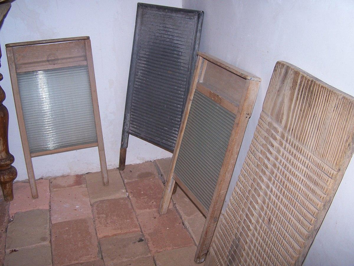 Waschbrett wikipedia for Imagenes de lavaderos de ropa