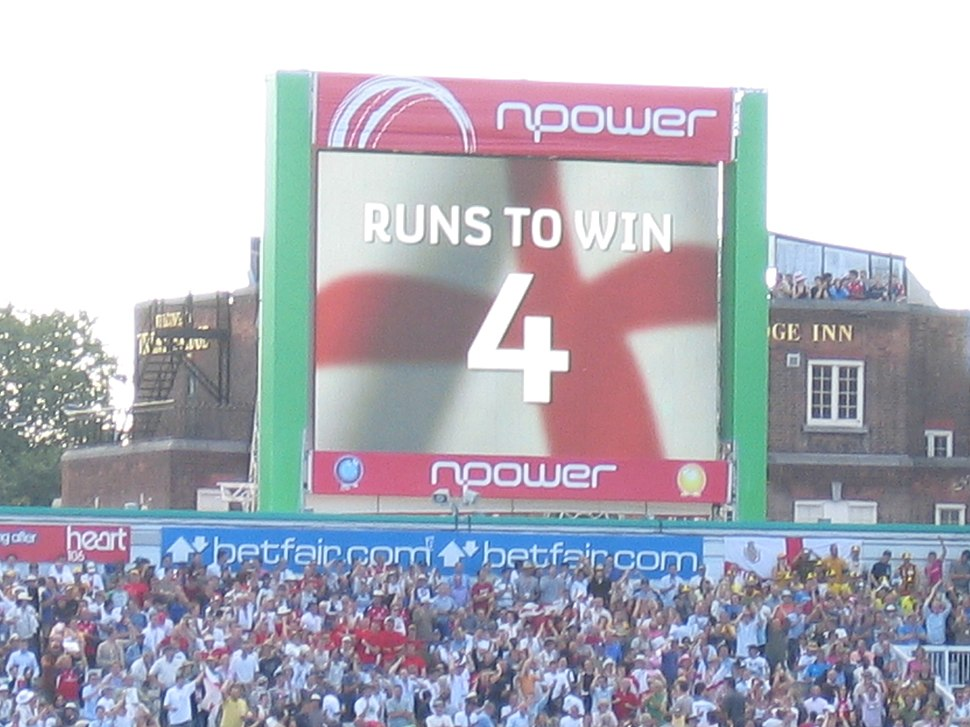 Trent Bridge Ashes scoreboard, 28 Aug 2005