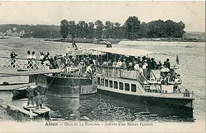 Ablon-sur-Seine - The town was served by a water taxi service to Paris at the beginning of the 20th century