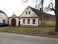 Tymákov, usedlost čp.58.jpg