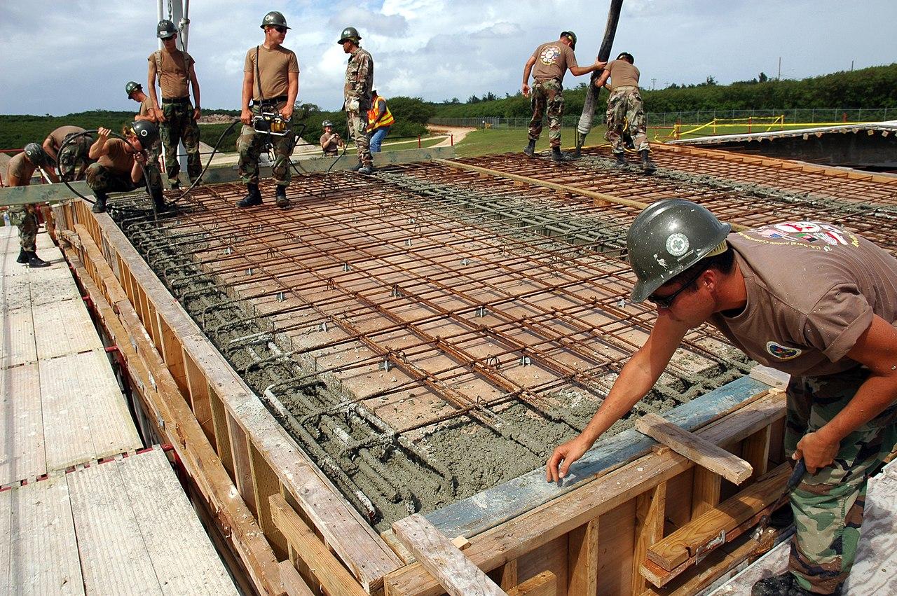 File Us Navy 071121 N 7367k 002 Seabees With U S Naval